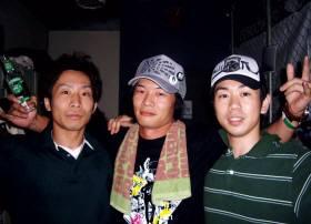 Bellhonorトオルさん(左) 本日の主役 池上 匠君(中)